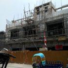 Bangunan Disegel Karena IMB, Aktivitas Pembangunan Masih Jalan