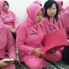 Bhayangkari Ranting Polsek Kembangan Sambangi Yayasan Yatim