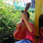 Dua Anak Perempuan Ini Ngamen Karena Disuruh Orangtuanya