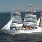 KRI Bima Suci Menuju Pelabuhan Banyuwangi Usai Berlayar ke 9 Negara