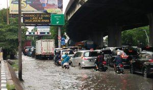 Jakarta Banjir Lagi, Rakyat Butuh Solusi Bukan Dipolitisasi