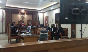 """PH Sebut Persidangan Kasus """"Tidak Percaya Ibu Kandung Jokowi"""" Sebagai Main-Main"""